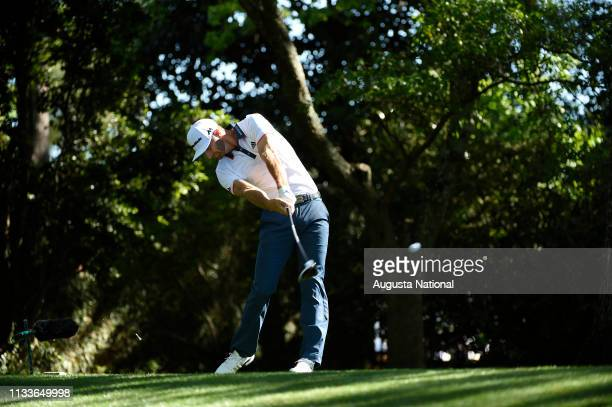 Dustin Johnson drivers No. 2 during Round 1 at Augusta National Golf Club on Thursday April 7, 2016.