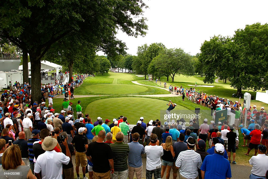 Dustin Johnson hits off the 18th tee during the final round of the World Golf Championships - Bridgestone Invitational at Firestone Country Club South Course on July 3, 2016 in Akron, Ohio.