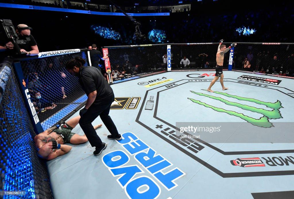 UFC 257: Poirier v McGregor : News Photo