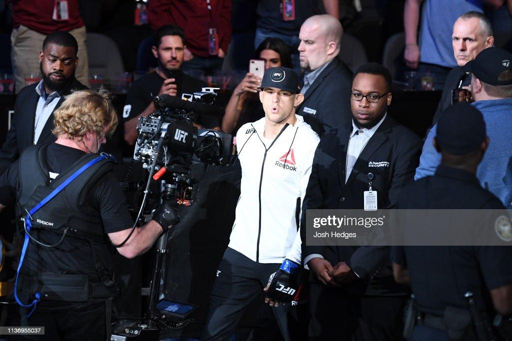 UFC 236: Holloway v Poirier 2 : News Photo