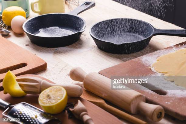 Dusting cast iron skillets with flour