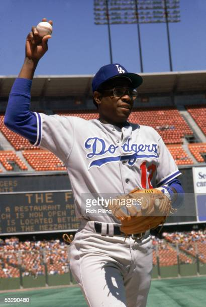 Dusty Baker of the Los Angeles Dodgers warms up before an MLB game at Dodger Stadium in Los Angeles, California.