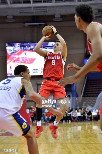 Dusty Hannahs of the Memphis Hustle shoots against the Santa Cruz Warriors at Landers Center in an NBA GLeague game on March 8 2019 in Southaven...