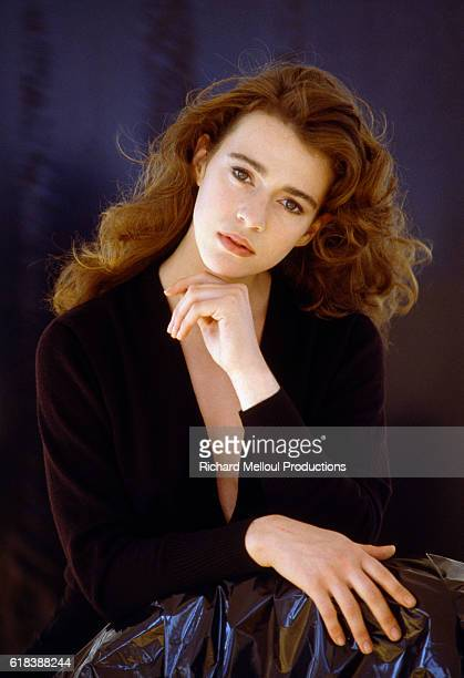 Dutch actress Maruschka Detmers poses in Paris in 1988. Detmers was born in the Netherlands in 1962 and moved to Paris before becoming an actress.