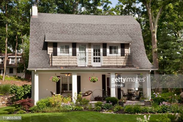 dutch colonial house - colonial style stock pictures, royalty-free photos & images