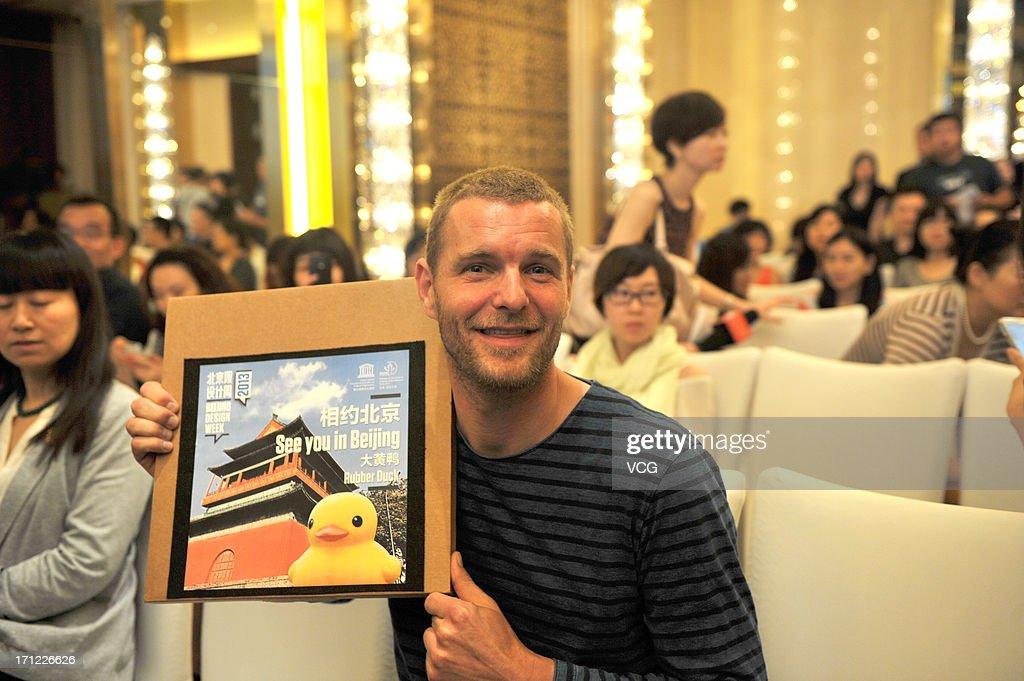 Dutch Conceptual Artist Florentijin Hofman Visits Beijing