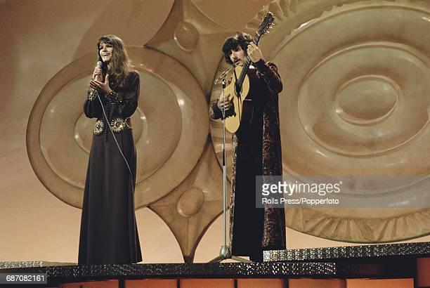 Dutch duo Saskia Serge comprising singer Trudy van den Berg and guitarist Ruud Schaap perform the song 'Tijd' on stage for Netherlands in the 1971...