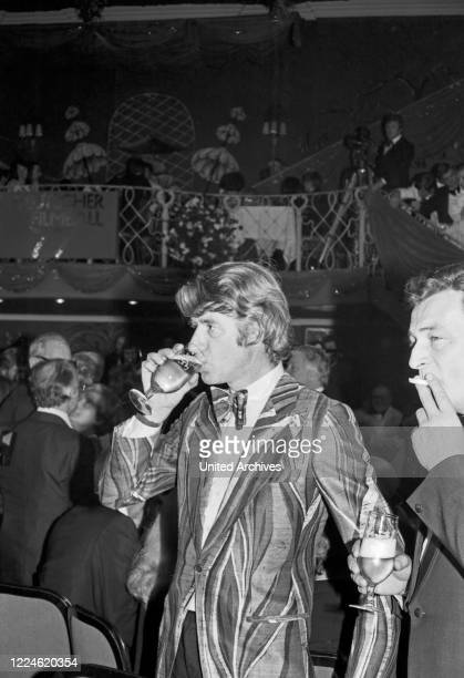 Dutch entertainer Rudi Carrell at the Deutscher Filmball on January 16th 1976 at Munich Germany 1970s