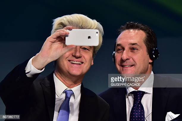 Dutch farright Freedom Party leader Geert Wilders takes a selfie with Heinz Christian Strache of Freiheitliche Partei Osterreichs during a press...