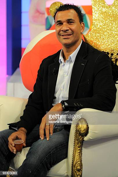 Dutch football coach and former player Ruud Gullit during Italian tv show Quelli che il calcio on November 22 2009 in Milan Italy