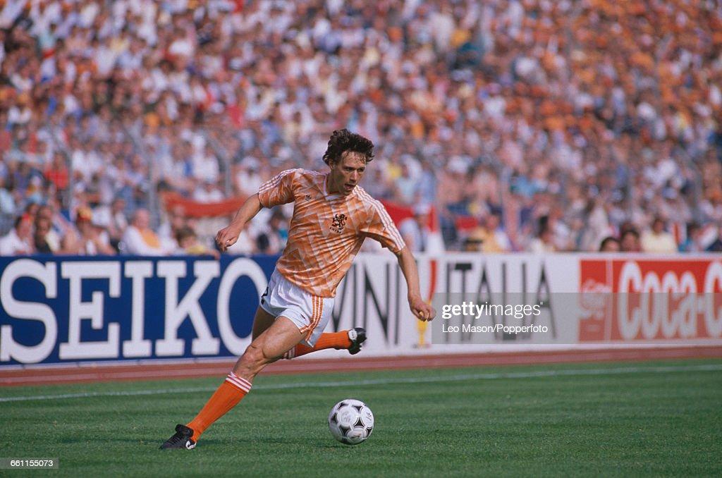 Marco van Basten At 1988 European Championship : News Photo