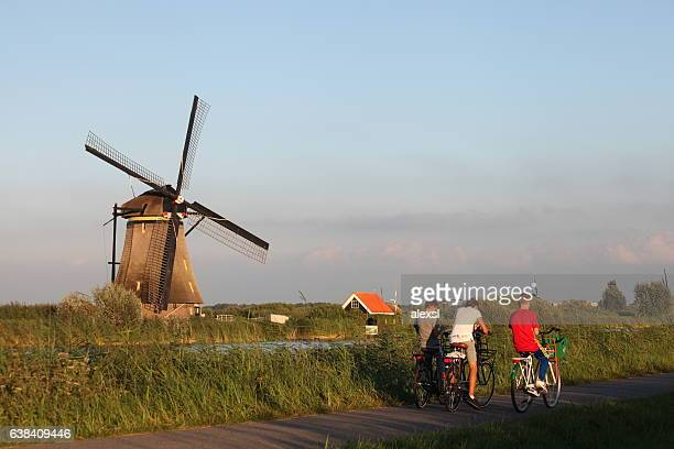 dutch holland windmill field canal sunset, kinderdijk netherland - mill stock pictures, royalty-free photos & images