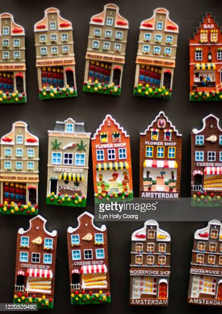 dutch house fridge magnets - lyn holly coorg stock pictures, royalty-free photos & images