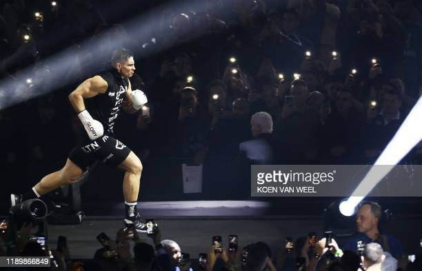 Dutch kickboxer Rico Verhoeven arrives for the rematch against Moroccan-born Dutch kickboxer Badr Hari at the kick boxing event Glory Collision 2, in...