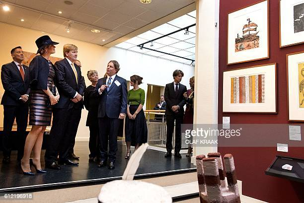 """Dutch King Willem-Alexander and Queen Maxima attend the opening of the exhibition """"Mapping Australia"""" at the Aboriginal Art Museum in Utrecht on..."""