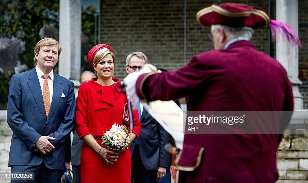 Dutch King WillemAlexander and Queen Maxima visit on June 21 2013 Middelburg in Zeeland province the last stop of the Dutch royals' tour to all 12...