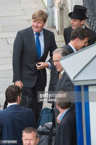 Dutch King Willem-Alexander arrives to the Bilderberg Conference in front of the Kempinski Hotel Taschenbergpalais in Dresden,Germany, 09 June 2016....