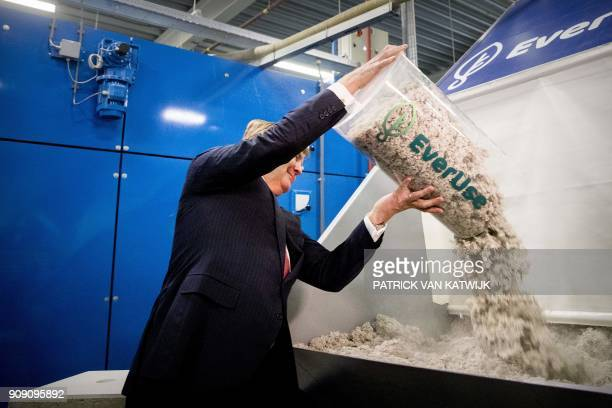 Dutch King Willem-Alexander carries out the official opening of the circular insulation plant EverUse in Sneek, on January 23, 2018. In the factory,...