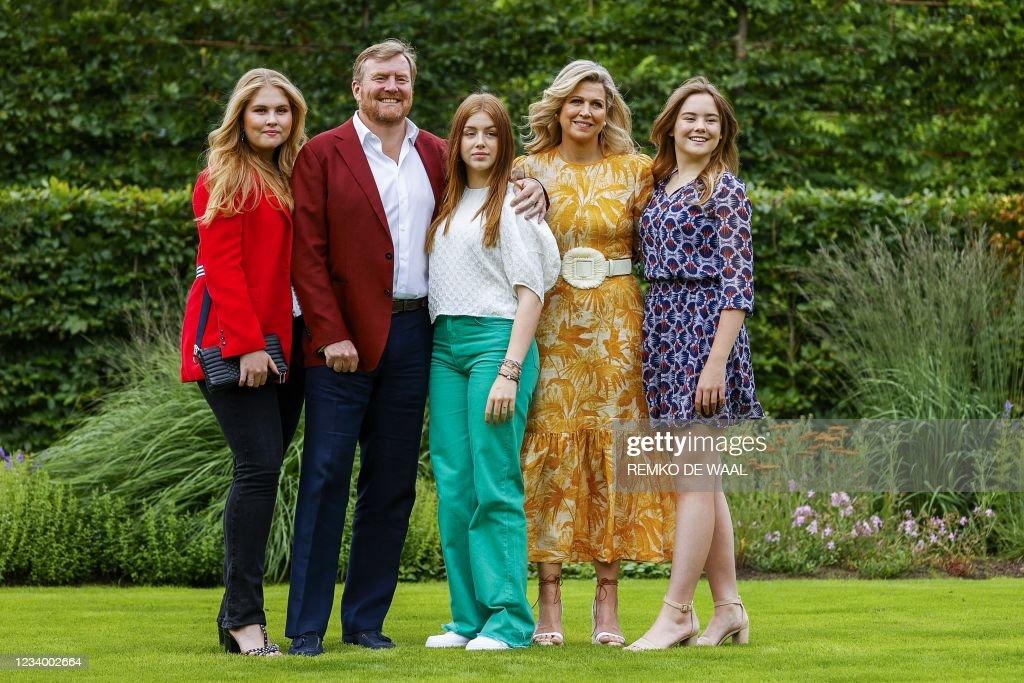 NETHERLANDS-ROYALS-FAMILY : News Photo