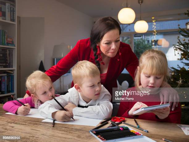 Dutch lung cancer patient Anne Marie van Veen at home with three of her four children Anna Carel and Mette while preparing for the first ever...