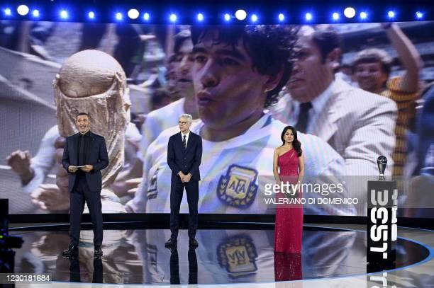 Dutch manager and former player Ruud Gullit, French coach Arsene Wenger and British sports journalist Reshmin Chowdhury looks on during a tribute to...
