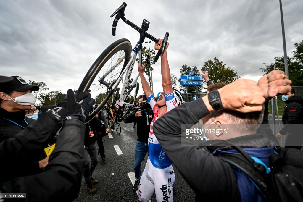 CYCLING-TOUR-FLANDERS : ニュース写真