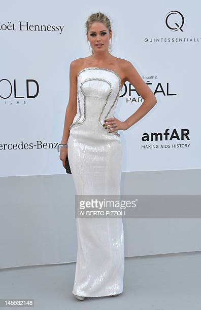 Dutch model Doutzen Kroes arrives to attend the 2012 amfAR's Cinema Against Aids on May 24, 2012 in Antibes, southeastern France. AFP PHOTO / ALBERTO...