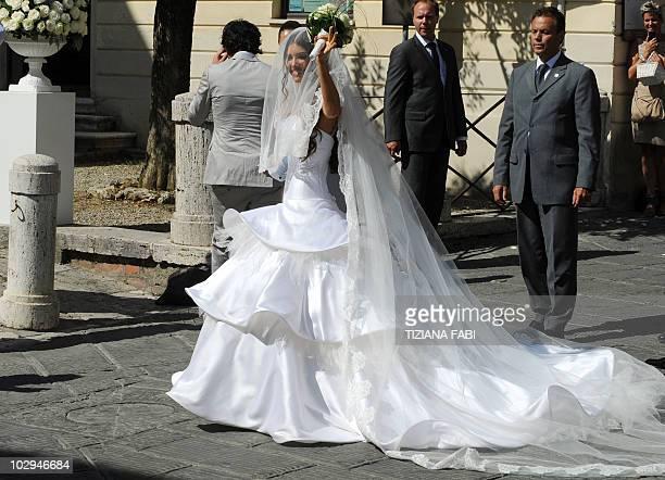 Dutch model Yolanthe Cabau arrives in Castelnuovo Berardegna near Siena on July 17, 2010 to marry Inter-Milan's Dutch football player Wesley...