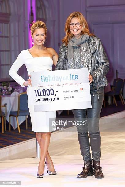 Dutch moderator Sylvie Meis and german actress Maren Gilzer attend the 'Holiday on Ice' gala at Hotel Atlantic on October 19 2016 in Hamburg Germany