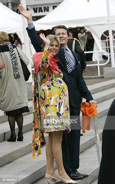 Dutch Prince Constantijn and Princess Laurentien wave to the crowd during the traditional Queens Day celebratons on April 29 2006 Zeewolde The...