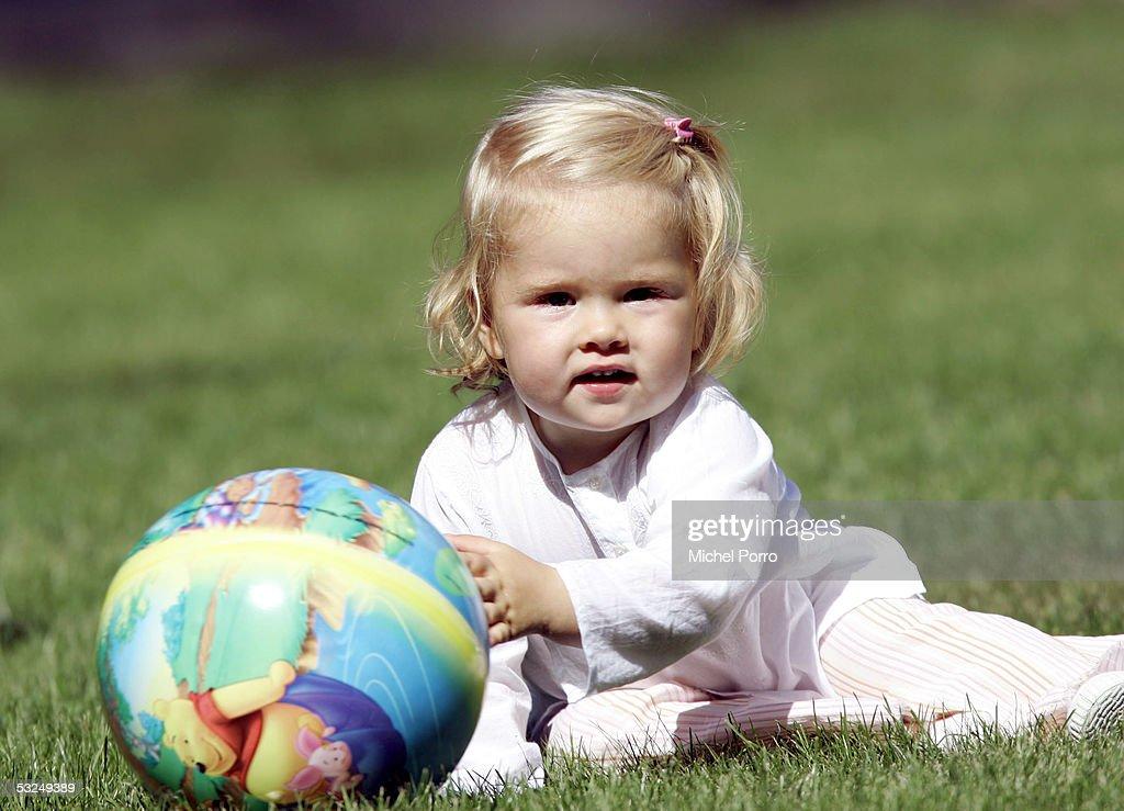 Dutch Crown Prince Willem-Alexander - Family Photocall : News Photo