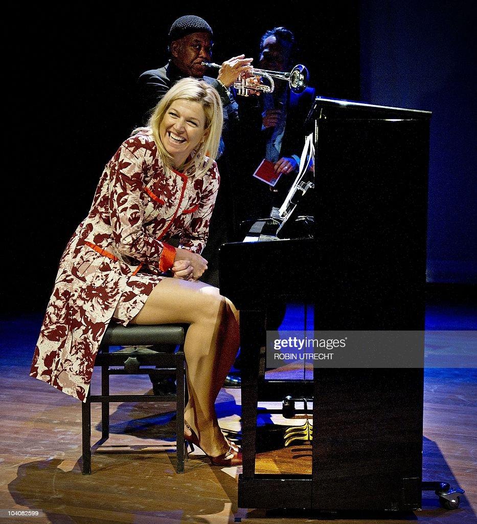 Dutch princess Maxima plays the piano on : News Photo