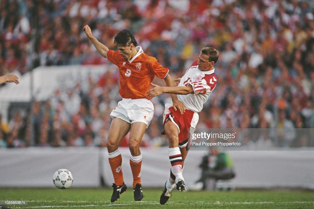 Netherlands v Denmark At Euro 1992 : News Photo