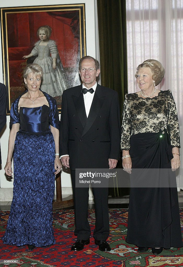 Dutch Queen Beatrix (R) attends a dinner held in the honor of the Swiss President Joseph Deiss and his wife at the beginning of their state visit to The Netherlands on May 24, 2004 in Amsterdam, The Netherlands.