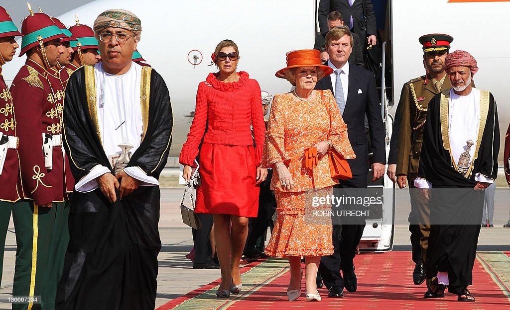 Dutch Queen Beatrix, prince Willem-Alexander and princess Maxima arrive at the airport of Muscat on January 10, 2012. AFP PHOTO / ANP / ROBIN UTRECHT netherlands out - belgium out