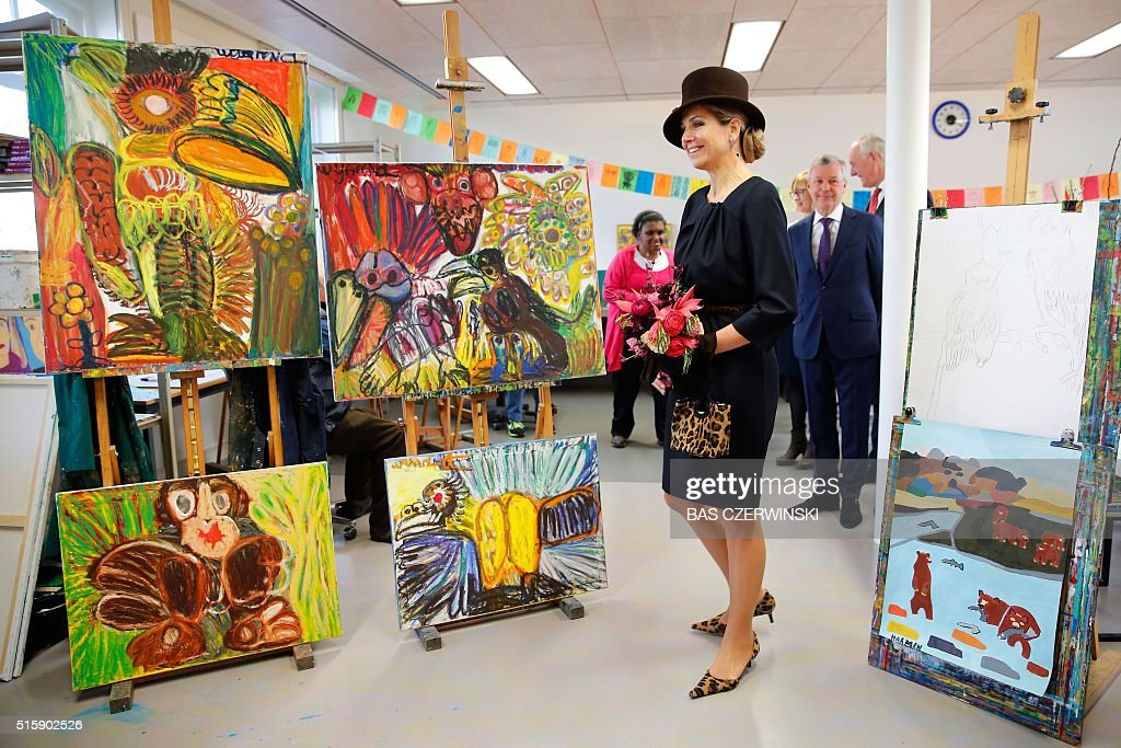 Dutch Queen Maxima (2nd R) attends the opening of the Outsider Art Museum in the Hermitage in Amsterdam on March 16, 2016. / AFP / ANP / Bas Czerwinski / Netherlands OUT