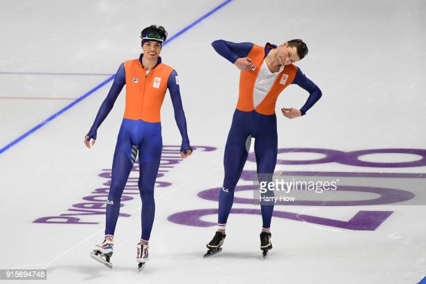 Dutch speed skaters Patrick Roest and Sven Kramer train ahead of the PyeongChang 2018 Winter Olympic Games at Gangneung Oval on February 8 2018 in...