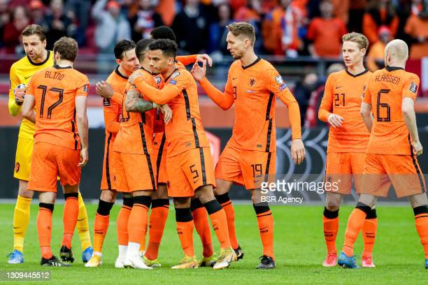 Dutch team prior to kick-off, Goalkeeper Tim Krul of the Netherlands, Steven Berghuis of the Netherlands, Owen Wijndal of the Netherlands, Luuk de...