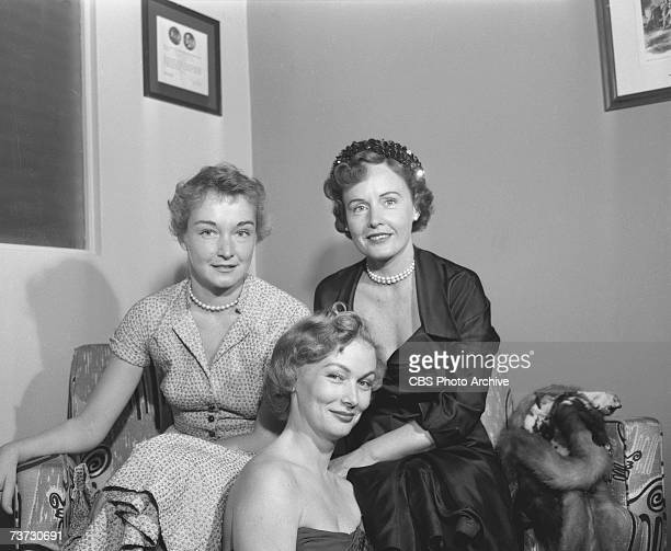 Dutchborn American film actress Nina Foch sits with costars Veronica Lake and Madge Evans during the produiction of an episode of the CBS anthology...