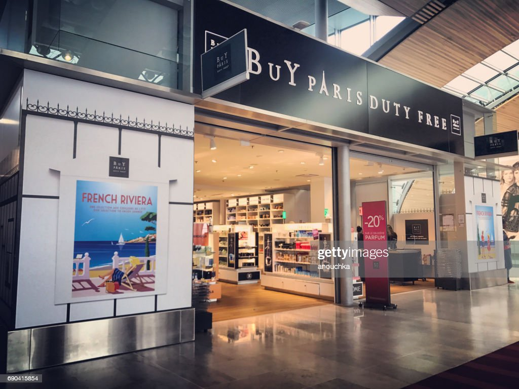 Duty Free shops at Roissy Charles de Gaulle Airport, Paris, France : Stock Photo