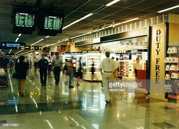 DutyFreeShop in der Abflughalle auf dem Don Muang Flughafen in Bangkok