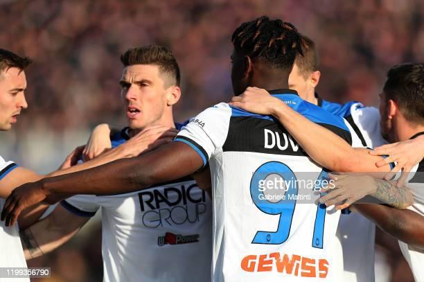 Duvan Zapata of Atalanta BC celebrates after scoring a goal during the Serie A match between ACF Fiorentina and Atalanta BC at Stadio Artemio Franchi...