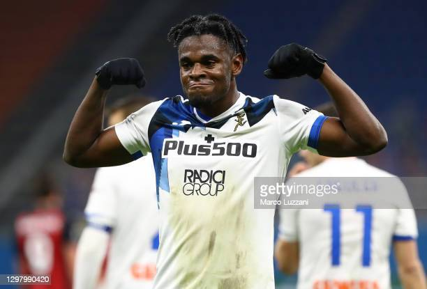 Duvan Zapata of Atalanta B.C. Celebrates after scoring their team's third goal during the Serie A match between AC Milan and Atalanta BC at Stadio...