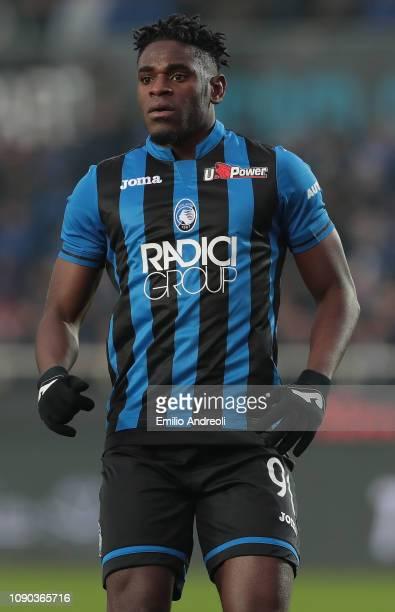Duvan Zapata of Atalanta BC looks on during the Serie A match between Atalanta BC and AS Roma at Stadio Atleti Azzurri d'Italia on January 27 2019 in...