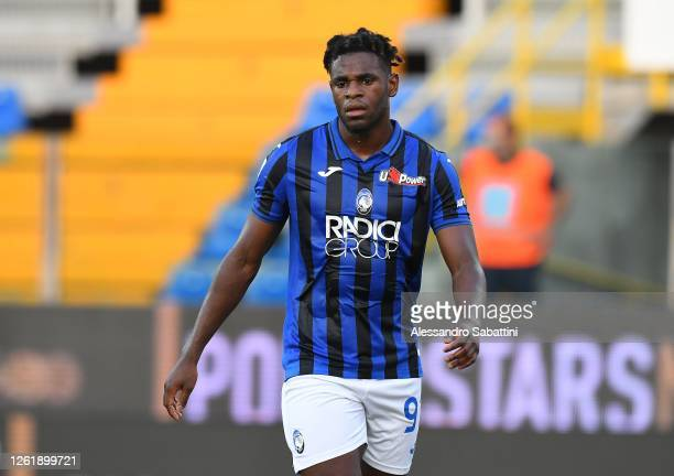 Duvan Zapata of Atalanta BC reacts during the Serie A match between Parma Calcio and Atalanta BC at Stadio Ennio Tardini on July 28, 2020 in Parma,...