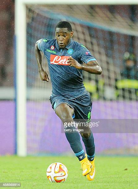 Duvan Zapata of Napoli in action during the UEFA Europa League football match between SSC Napoli and BSC Young Boys at the San Paolo Stadium on...