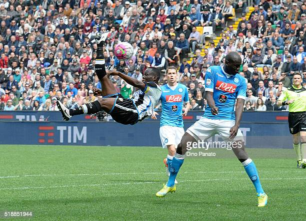 Duvan Zapata of Udinese Calcio battles for the ball with Kalido Koulibaly of SSC Napoli during the Serie A match between Udinese Calcio and SSC...