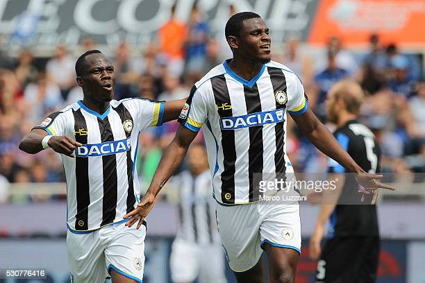 Duvan Zapata of Udinese Calcio celebrates with his teammate Babu Emmanuel Agyemang after scoring the opening goal during the Serie A match between...