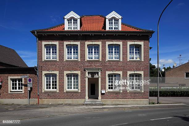DViersen Niers Lower Rhine Rhineland North RhineWestphalia NRW DViersenBoisheim residential house and business house at the Nettetaler Strasse and An...