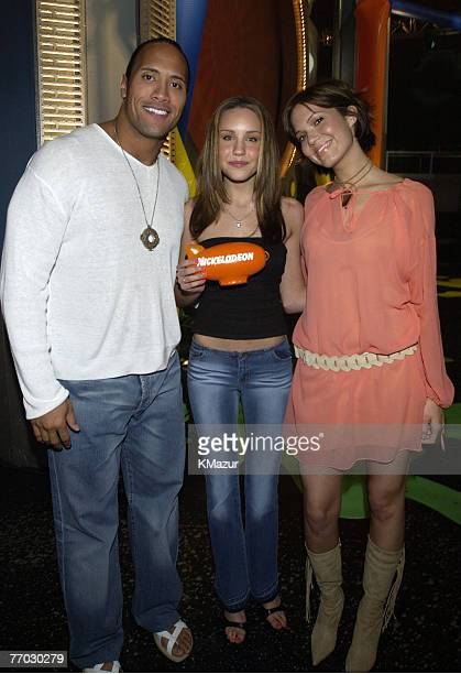 Dwayne The Rock Johnson Amanda Bynes and Mandy Moore